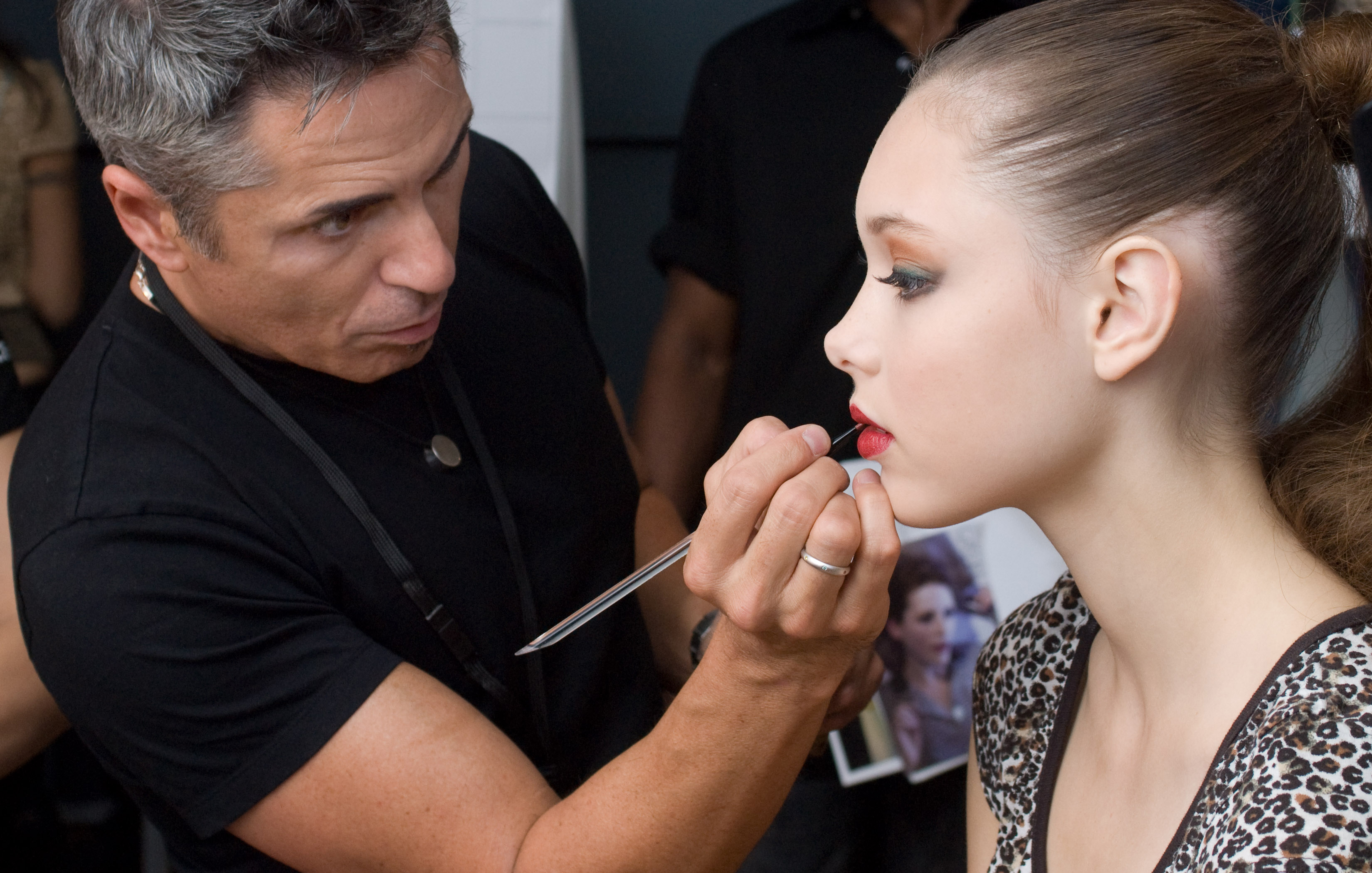 Makeup artist course duration