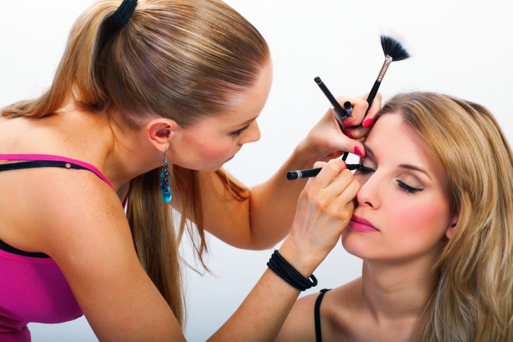 Jacksonville Makeup Artist Courses