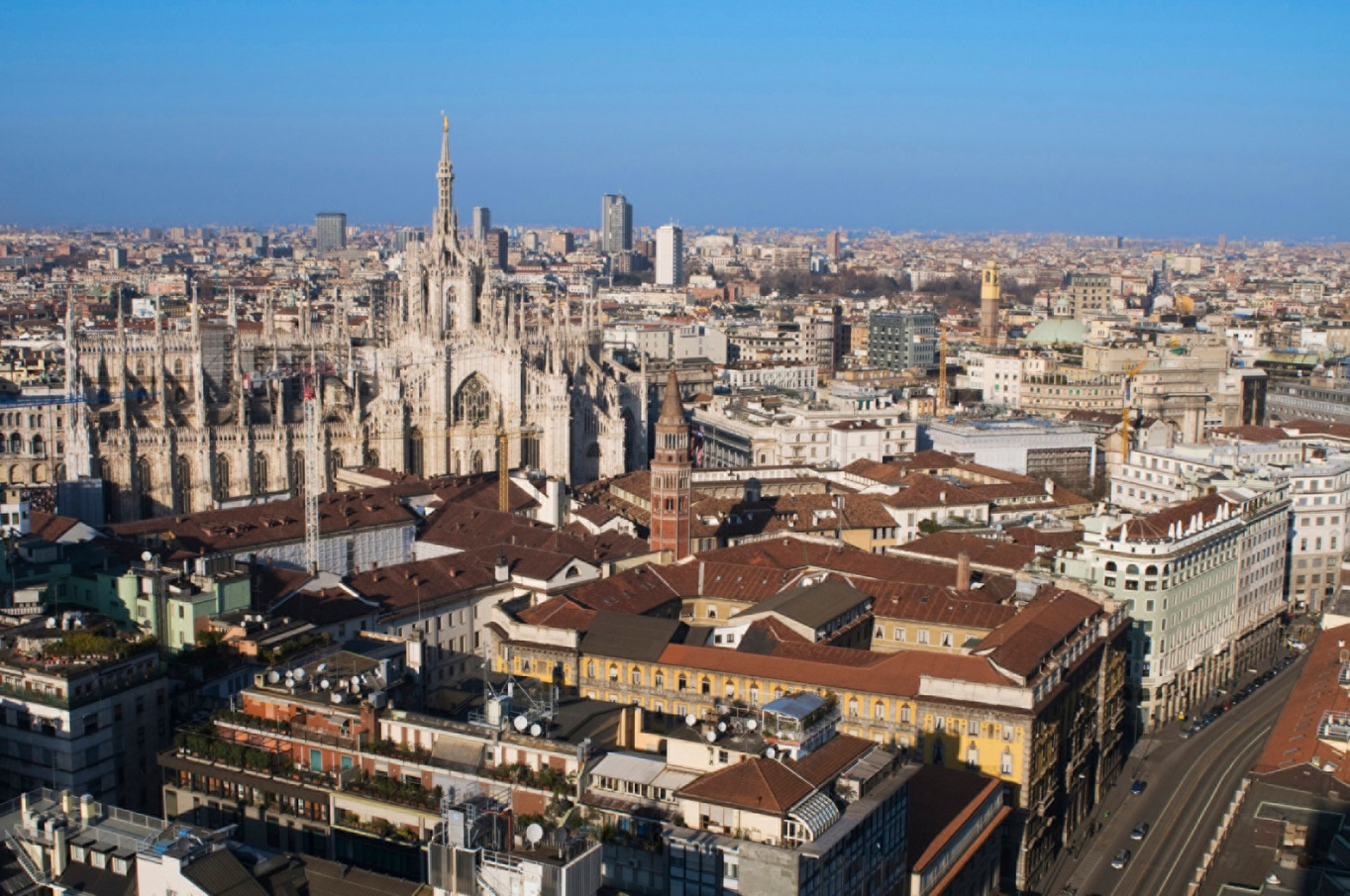 milan italy makeup courses italian aerial hair views cathedral da places tourist