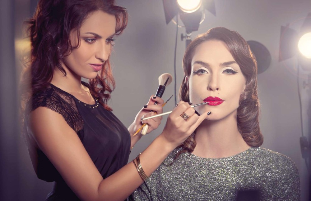 Sharjah Makeup Artist Courses